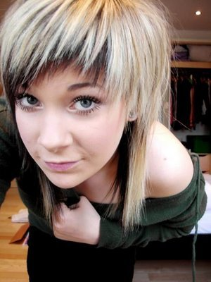 emo hairstyles for medium length hair. emo hairstyles for girls with medium length hair. Cute Long Blonde Emo