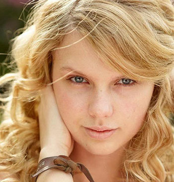 Taylor Swift Makeup on Taylor Swift With No Makeup 1  Jpg